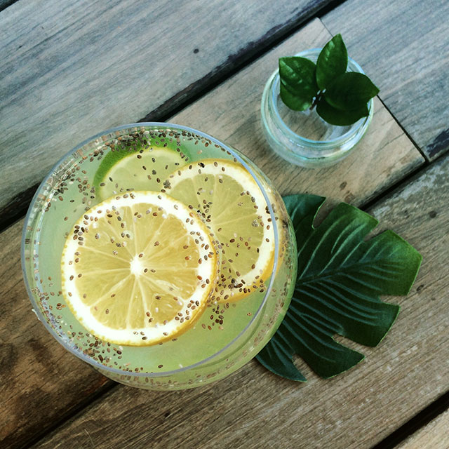 limonada con semillas de chia y menta fresca