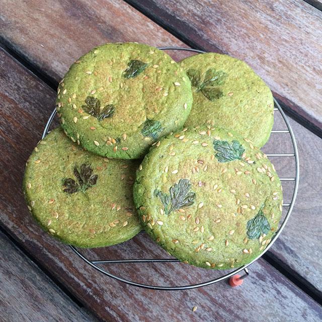 arepas verdes de espinaca y perejil